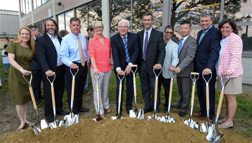 Mayor Walsh, Superintendent Chang and City Officials break ground on new Eliot School.